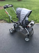 Baby Trend Sit n Stand Stroller Foldable in Lockport, Illinois