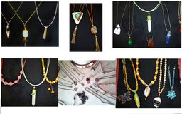 Necklaces new in Westmont, Illinois