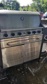 Gas grill in Westmont, Illinois