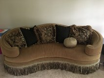 luxurious couch in Shorewood, Illinois