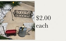 Outdoor Flower Planters in Joliet, Illinois