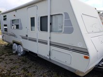 Travel Trailer in Fort Campbell, Kentucky