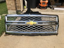 '14/'15 Chevy Silverado 1500 Chrome grille in Temecula, California