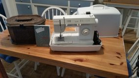 Singer Portable Sewing Machine 5825C with accessories in Cherry Point, North Carolina