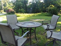 Patio table and 4 chairs in Beaufort, South Carolina