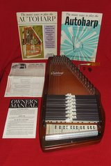 Oscar Schmidt Autoharp Model BH Complete with Box Music Manual Picks in Naperville, Illinois