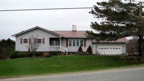3 bedroom 1.5 bath house in Fort Drum, New York