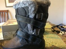 New Amazing 7.5 waterproof grey boots Privo by Clarks in Manhattan, Kansas