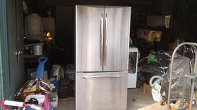 GE stainless  refigerator 22 cubic foot in Travis AFB, California