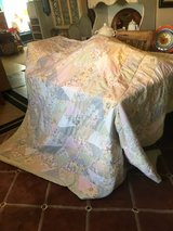 Quilt 88x88 Excellent condition in Houston, Texas