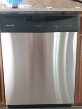 Brand new Frigidaire dishwasher in Lackland AFB, Texas