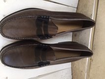 Bass/Weejuns mens loafers size 11D worn once in Lockport, Illinois