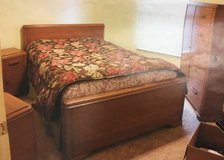 Antique Thomasville Bedroom Set in Fort Campbell, Kentucky