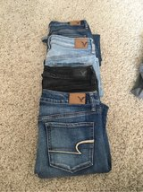 American Eagle 4 Pairs Of Women's Denim Jeans SIZE 8 Regular in Travis AFB, California