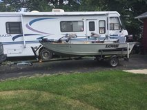 14 ft Lowe Aluminum boat 2011 with 2013 Caravan Trailer in Orland Park, Illinois