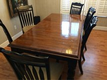 dining room table w/6 chairs in Warner Robins, Georgia