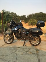 2002 Triumph Tiger 955i in Travis AFB, California