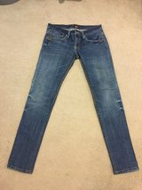 Women jeans sz 30 in Okinawa, Japan