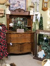 Gorgeous Antique Hutch in Tinley Park, Illinois