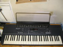 SUZUKI SP-5 PORTABLE ELECTRONIC PIANO KEYBOARD in Yorkville, Illinois
