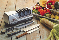Chef'sChoice 15 Trizor XV EdgeSelect Professional Electric Knife Sharpener in Lancaster, Pennsylvania