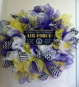 LARGE & THICK AIR FORCE WREATH in Lakenheath, UK