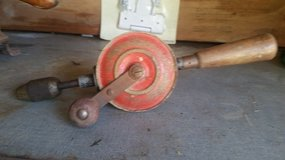 OLD VINTAGE HAND DRILL in Glendale Heights, Illinois