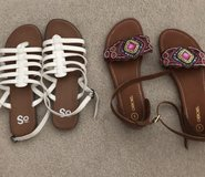 Girls sandals in Schaumburg, Illinois