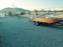 Boat n trailer in Yucca Valley, California