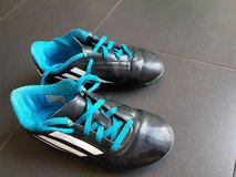 Adidas Cleats soccer shoes kids size US 13 EU 31 in Ramstein, Germany