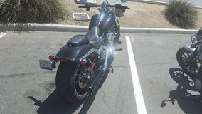 15 Harley Davidson Breakout- only 1400 miles- Super nice bike- Tuxedo Black in 29 Palms, California