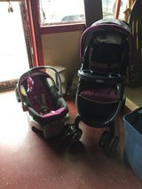 Graco Travel System Car Seat and Stroller in Leesville, Louisiana