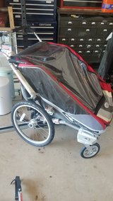 Thule Chariot 2 Bike trailer in Pleasant View, Tennessee
