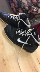 Nike Size 5 1/2 in Fort Leonard Wood, Missouri