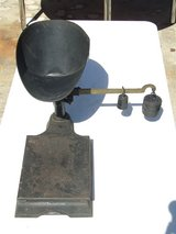Antique Cast Iron Scale Hardware Store Commercial Industrial 244 lbs in Westmont, Illinois