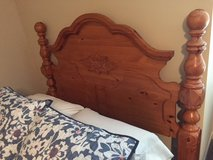 Queen Bed in Pleasant View, Tennessee