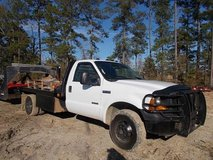 2006 FORD F-350 SUPER DUTY XLT in Fort Polk, Louisiana
