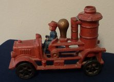 Cast Iron Toy Fire Engine Firetruck Antique Repro in Kingwood, Texas