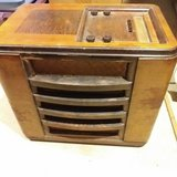 Antique Radio Philco Chairside 40-170 CS in Yorkville, Illinois