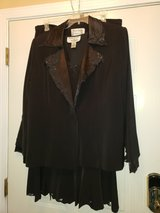 Black Sequins 3 pcs Suit in Fort Campbell, Kentucky
