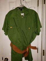 Green Blouse in Fort Campbell, Kentucky