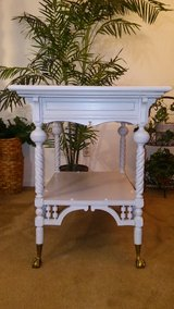 Antique Shabby Distressed Dressy Light Gray Table in Cleveland, Texas