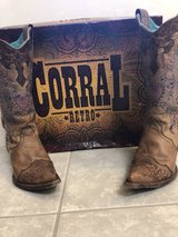 Corral boots size 5 Wedding in Baytown, Texas