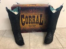 Corral boots Blk size 5 in Baytown, Texas