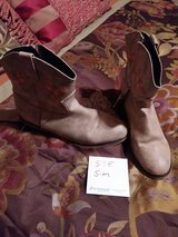 tan boots in Fort Campbell, Kentucky