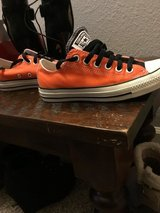 Converse SF Giants colors customized 6.5 like new in Travis AFB, California