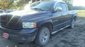 '03 dodge 1500 4x4 quad cab in Fort Leonard Wood, Missouri