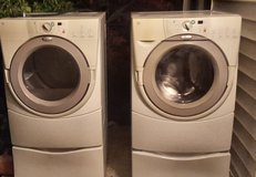 Whirlpool washer and dryer set with pedestal's in Lawton, Oklahoma