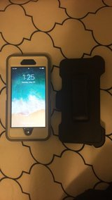 iPhone 6 32 GB Space Grey w/ Otterbox Straight Talk in Fort Leonard Wood, Missouri
