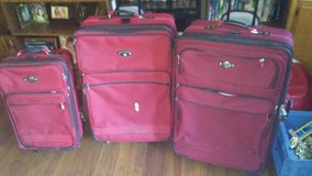 3 Piece Luggage Set in Fort Knox, Kentucky